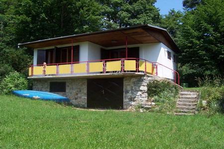 Chata na Vranovsk� p�ehrad� - ji�n� Morava